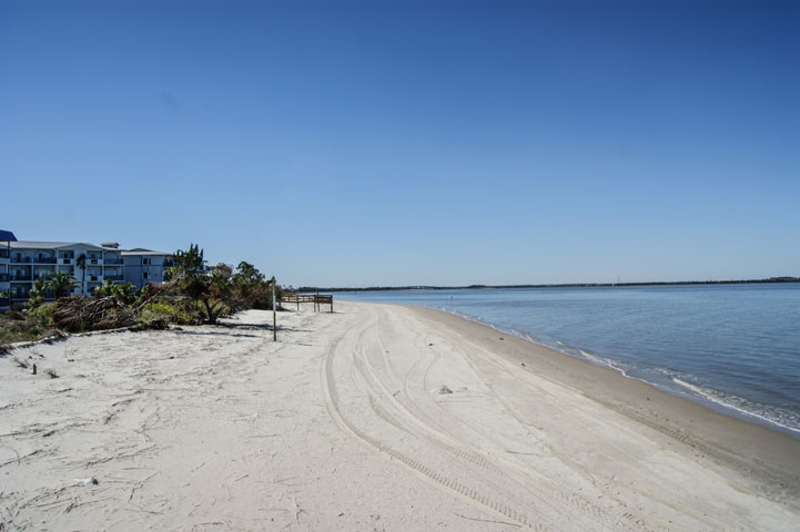 Savannah Beach And Racquet Club In Tybee Island Georgia